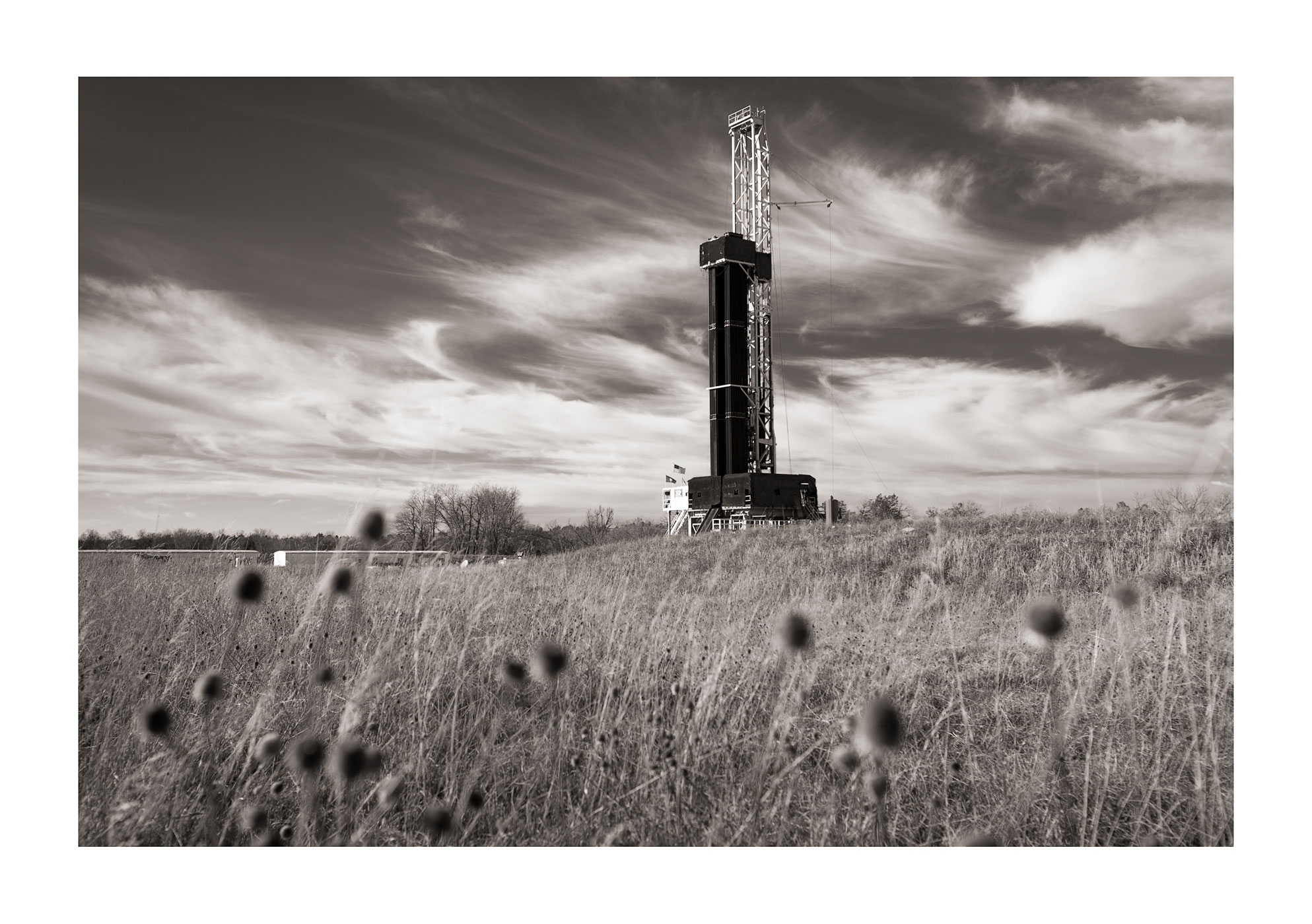 DRILLING RIG LAND DERRICK ENERGY
